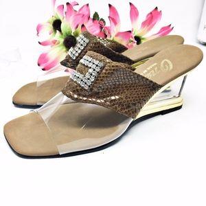 Onex Brown Snakeskin Sandals Sz 8